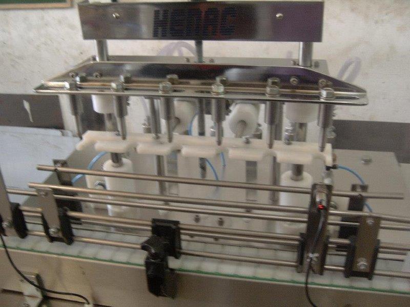 Máquina envasadora de líquidos viscosos