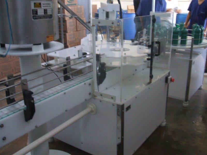 Envasadora automática para líquidos